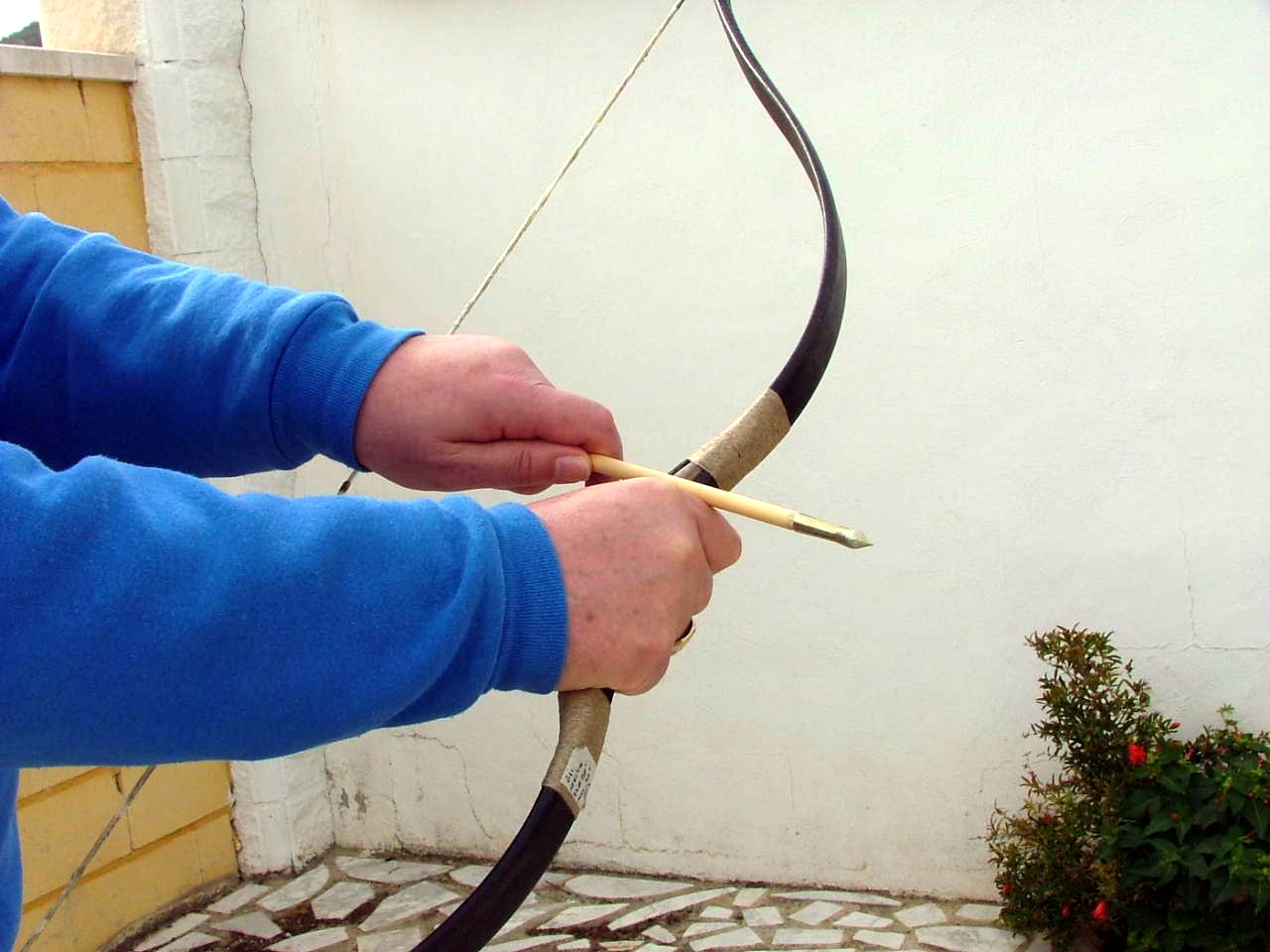 "Who Wrote the First ""Useful"" Archery Manual?"