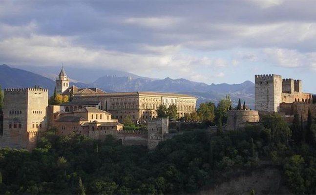 Granada: The Last Refuge of Muslims in Spain « Muslim Heritage